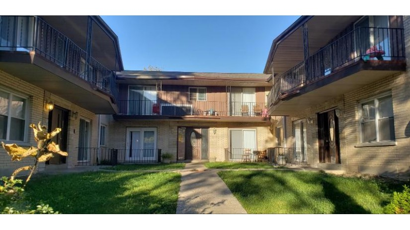 4651 N 36th St 4661 Milwaukee, WI 53209 by The Coterie Realty Group $499,900