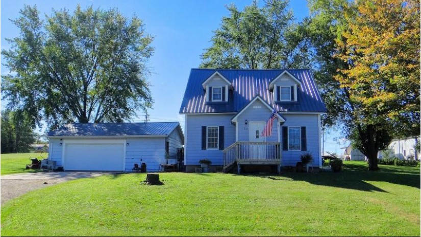 705 E Linton St Viroqua, WI 54665 by New Directions Real Estate $112,000