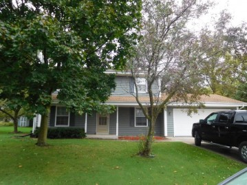 1806 Elliot Dr, Union Grove, WI 53182-1772