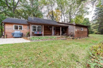 36403 89th St, Twin Lakes, WI 53181