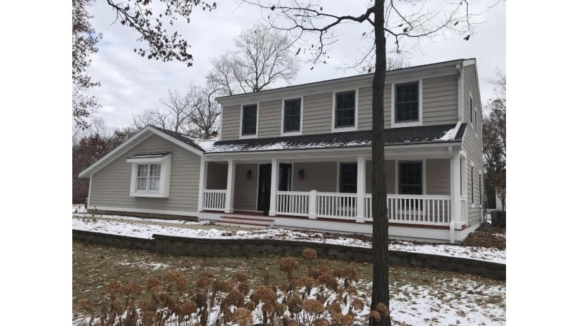 27025 Sherwood Forest Dr Dover, WI 53185-5249 by Re/Max Premier Properties $375,000
