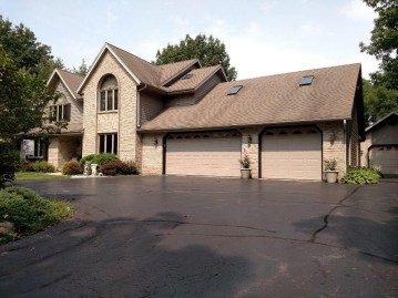 1400 E Puetz Rd, Oak Creek, WI 53154-3314