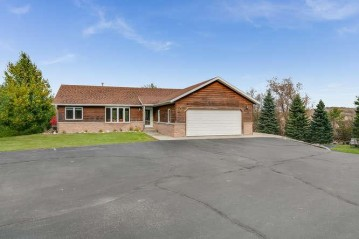 1404 Pond Rd, Twin Lakes, WI 53181-9137
