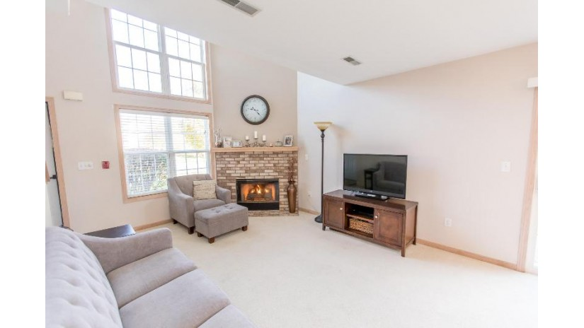 659 Westfield Way D Pewaukee, WI 53072-6500 by First Weber Inc - Delafield $160,000