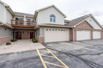 6300 44th St 126, Somers, WI 53144