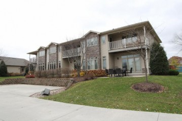 30620 Durand Ave 12, Burlington, WI 53105-7173