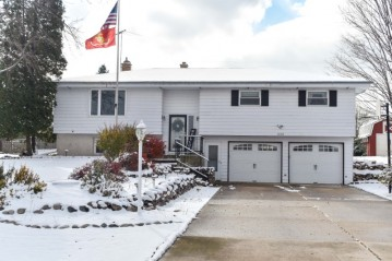 1618 Terry Dale Dr, Trenton, WI 53090-8920