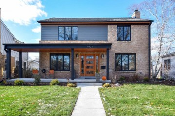 5423 N Santa Monica Blvd, Whitefish Bay, WI 53217-5126