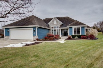 S94W12547 Cottontail Ct, Muskego, WI 53150-4648