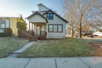 600 N Chicago Ave, South Milwaukee, WI 53172-1322