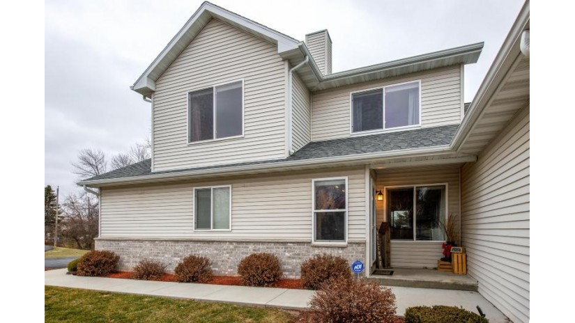 2710 E Somers Ct Cudahy, WI 53110-1358 by Coldwell Banker Residential Brokerage $184,900