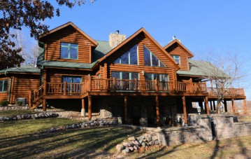 7247 Big Bend Rd, Waterford, WI 53185-1809
