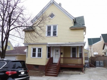 1963 S 25th St, Milwaukee, WI 53204-3640