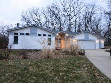 6155 S 116th St, Hales Corners, WI 53130-2462