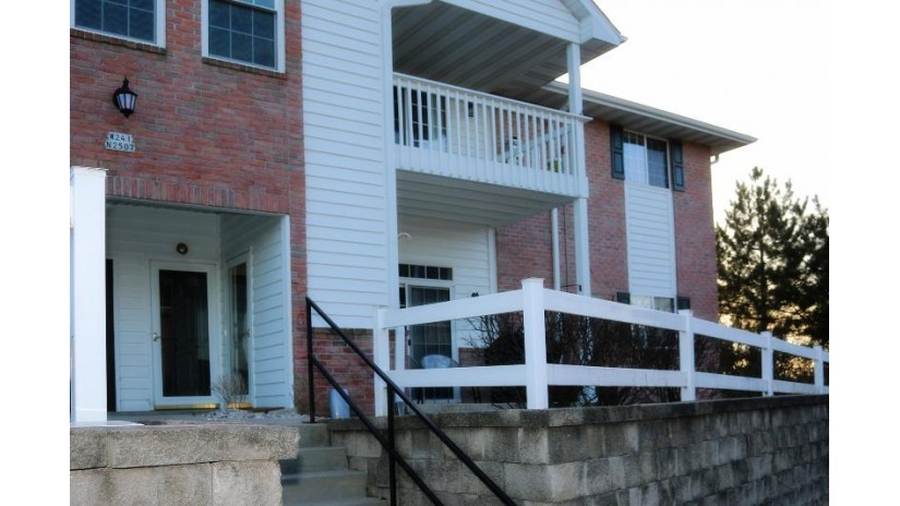 W241N2507 E Parkway Meadow Cir 2 Pewaukee, WI 53072-5857 by Exit Realty XL $164,900