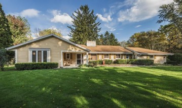 7912 N Green Bay Rd, River Hills, WI 53217