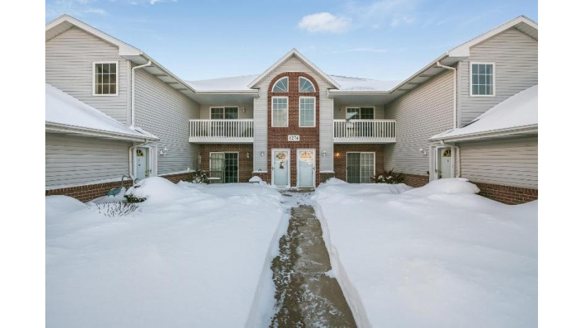 1274 Village Centre Dr 2 Somers, WI 53144-7270 by Berkshire Hathaway Epic Real Estate $174,900