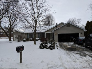 1618 12th Ave, Somers, WI 53140