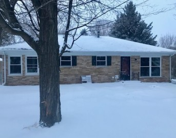 434 8th St, Somers, WI 53140-1121