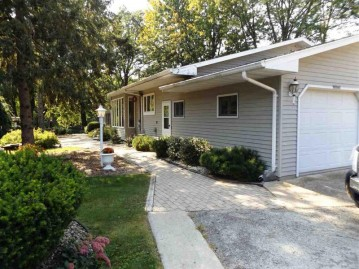 W7645 WEST MAPLE Court, Shiocton, WI 54170
