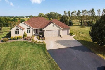 5335 RIVER OAKS Drive, Rockland, WI 54115-8687