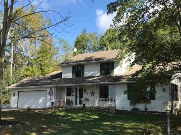 5308 LADE BEACH Road, Little Suamico, WI 54141-9023