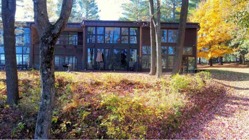 E1286 HWY Q Farmington, WI 54981 by United Country-Udoni & Salan Realty $450,000