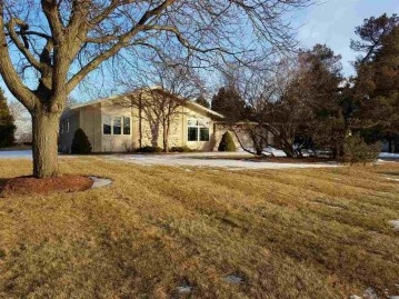 N5333 ORCHARD Court, Lamartine, WI 54937-8311