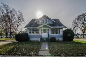 833 MAIN Street, Wrightstown, WI 54180