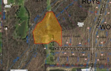 632 RUYS WOODS Court, Combined Locks, WI 54113