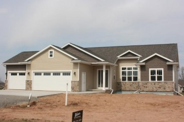 5152 NOTRE DAME Drive, Omro, WI 54963