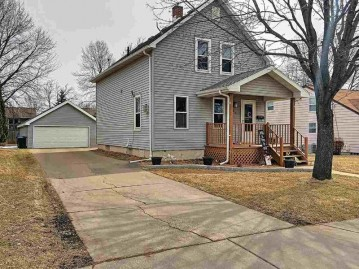 211 WILLIAMS Street, Combined Locks, WI 54113
