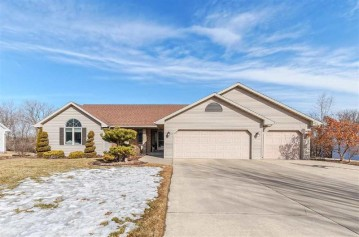 2678 HEARTLAND Terrace, Howard, WI 54313