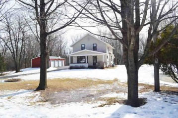1891 E APPLE CREEK Road, Grand Chute, WI 54913
