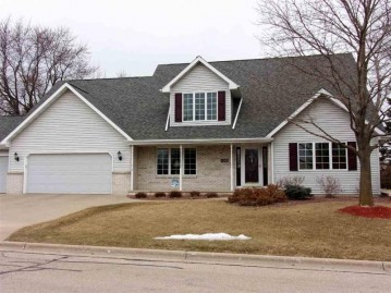 130 HILLTOP Drive, Neenah, WI 54956