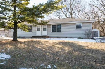 633 STATE Street, Combined Locks, WI 54113