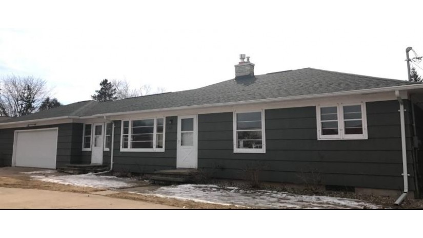 817 MIDWAY Road Menasha, WI 54952-1111 by Acre Realty, Ltd. $140,000