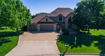 3117 W TWIN WILLOW Court, Grand Chute, WI 54914