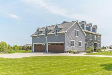 3 CORN SILK Court, Wrightstown, WI 54180