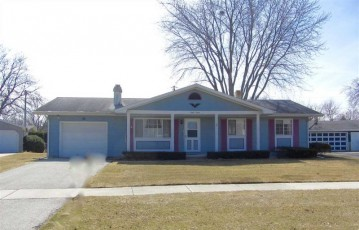 830 FOREST Circle, Fond Du Lac, WI 54935-3008