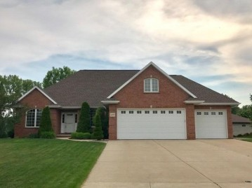 3019 MARBLE MOUNTAIN Way, Howard, WI 54313