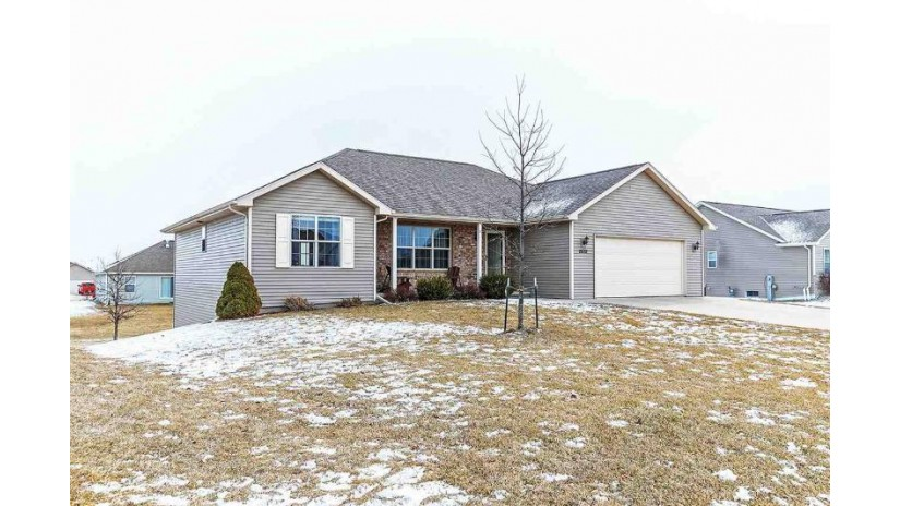 2832 YELLOW JASMINE Way Suamico, WI 54313 by Todd Wiese Homeselling System, Inc. $239,900