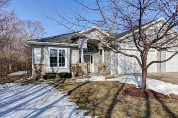 2511 WATERFORD Court, Neenah, WI 54956-5078