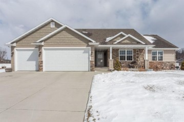 1622 REMINGTON Court, Neenah, WI 54956-1695