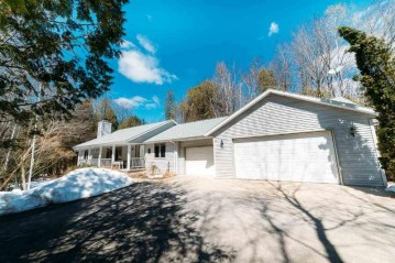 5980 BROWN Road, Little Suamico, WI 54141