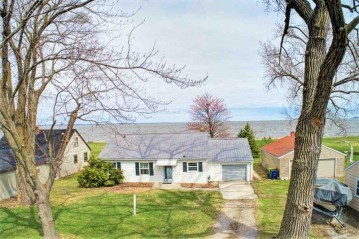 2607 EAST SHORE Drive, Green Bay, WI 54302