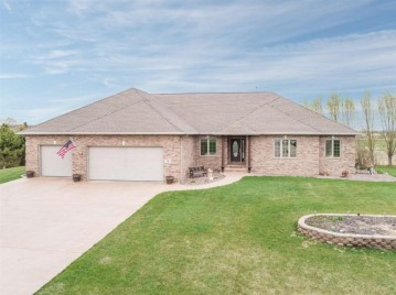 14 GOLDEN WHEAT Lane, Wrightstown, WI 54180-1237