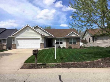2744 COMMONWEALTH Court, Grand Chute, WI 54914-6640