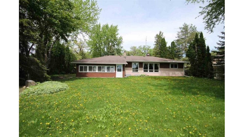 N5474 NORTH SHORE Lane Empire, WI 54937-7971 by Adashun Jones, Inc. $650,000