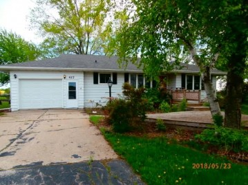 417 WINNEBAGO Street, North Fond Du Lac, WI 54937
